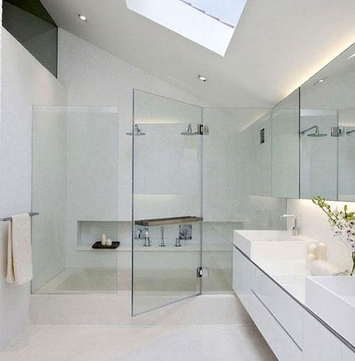 Luxe badkamer met luxe inloopdouche - Badkamers voorbeelden