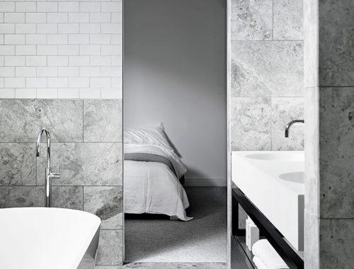 Luxe comfortabele badkamer door Mim Design