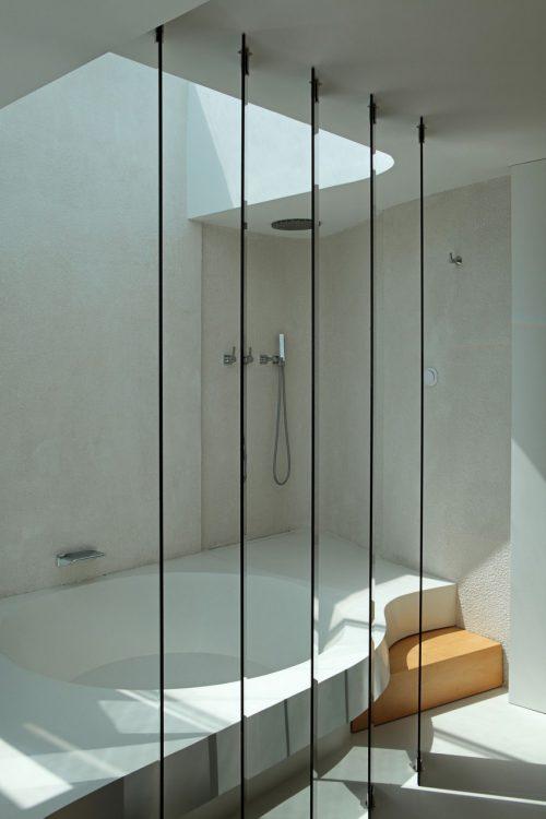 Luxe ensuite badkamer met spa sfeer