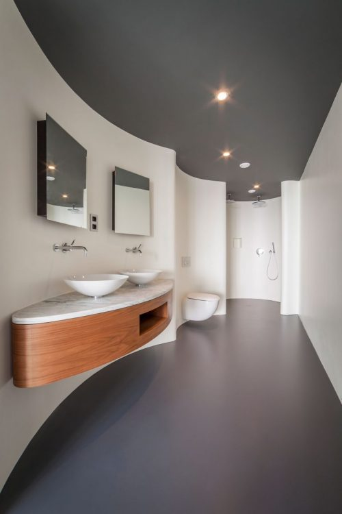 Luxe moderne badkamer in penthouse appartement in De Rotterdam ...