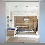 Luxe moderne badkamer met sauna