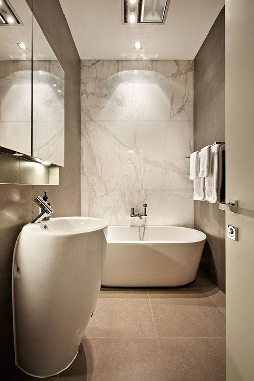 Luxe moderne badkamer van victoriaanse woning badkamers voorbeelden - Luxe marmer ...