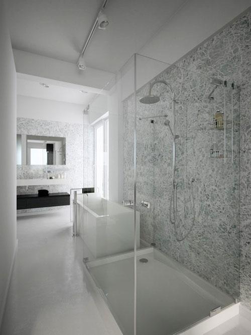Luxe open badkamer bij master bedroom - Badkamers voorbeelden