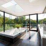 Luxe spa resort badkamer