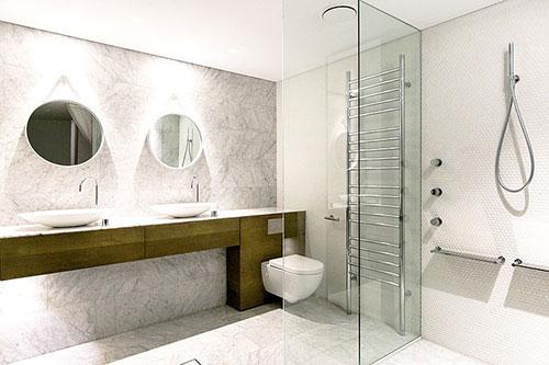 Materialen mix in badkamer ontwerp - Badkamers voorbeelden