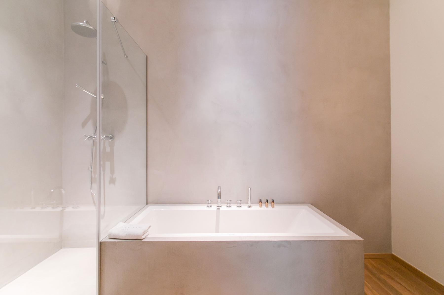badkamers voorbeelden dubbele douchekop
