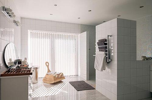 Witte Tegels Badkamer : Minimalistische badkamer met witte tegels badkamers voorbeelden