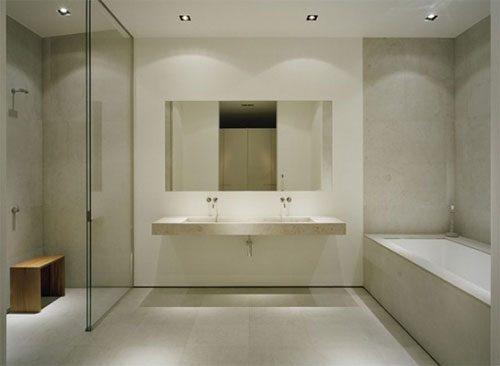 Minimalistische badkamer in zomerhuis