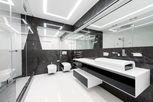 Badkamers voorbeelden » Moderne badkamer met grijs en wit