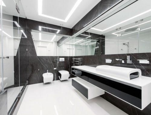 Moderne badkamer met grijs en wit