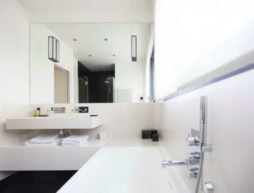 Moderne badkamer door interieurontwerper Camille Hermand