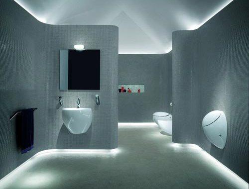 Moderne badkamer met led verlichting