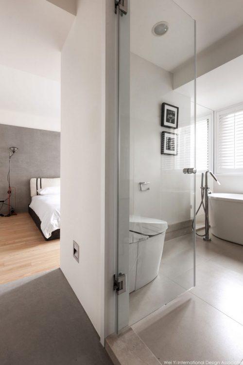 http://www.badkamers-voorbeelden.nl/afbeeldingen/moderne-badkamer-met-uitzicht-op-slaapkamer-via-glazen-wand-6-500x750.jpg