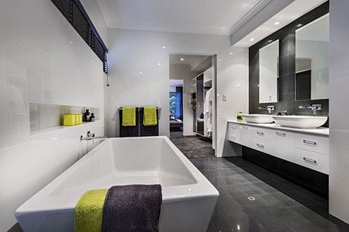 ... Ideeen Design: Slaapkamer met inloopkast door white interior design