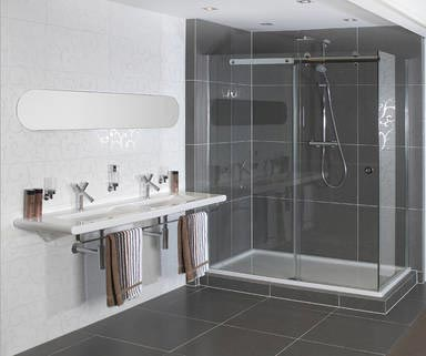 Moderne badkamer soho van wooning badkamers voorbeelden - Deco toilet grijs ...