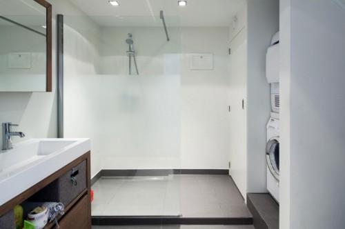 Moderne badkamer van woonboot - Badkamers voorbeelden