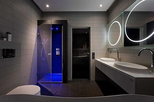 Complete Badkamer Voorbeelden: Badkamer ideeën kleine ruimte consenza ...