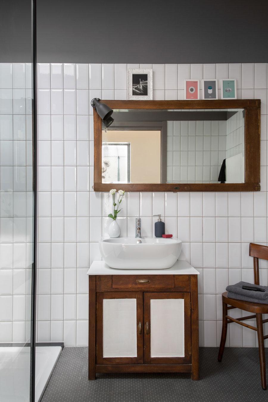 Moderne loft badkamer met een klassiek vintage tintje