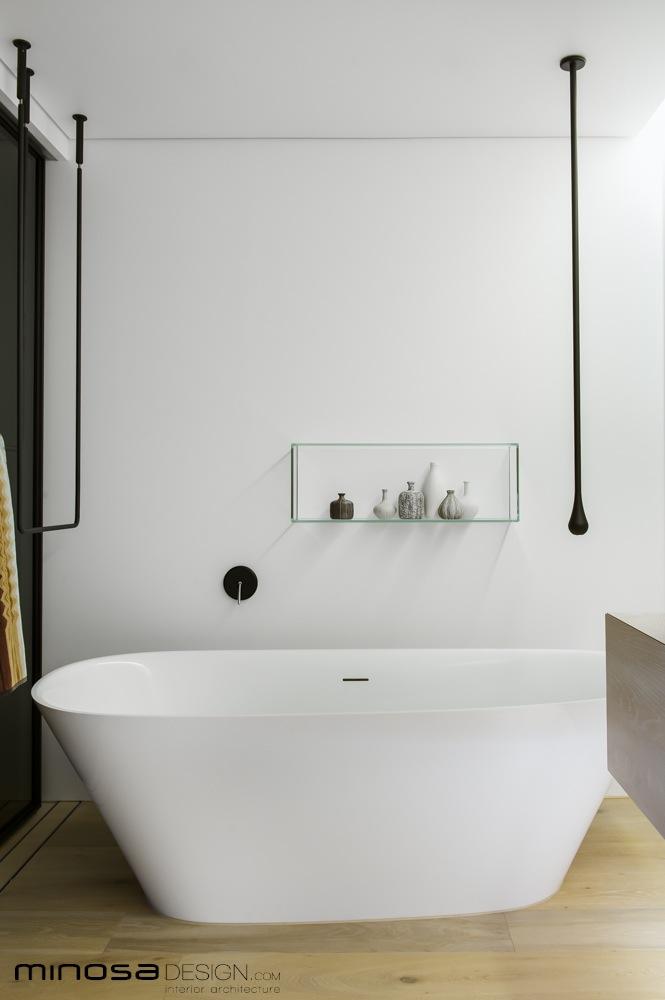 Moderne luxe badkamer door Minosa Design