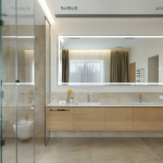 Moderne luxe badkamer van Lake House
