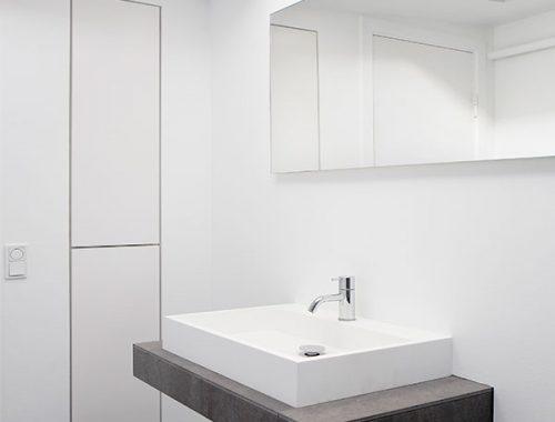 Moderne, stoere en ruimtelijke badkamer