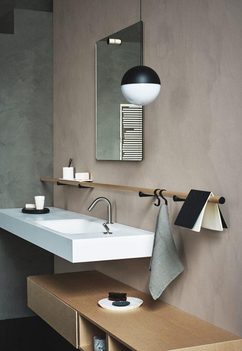 http://www.badkamers-voorbeelden.nl/afbeeldingen/mooie-badkamer-shoot-dot-line-500x725.jpg