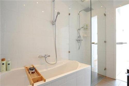 Mooie badkamer met simpel ontwerp badkamers voorbeelden - Mooie badkamers ...