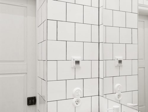 Kleine badkamer met schuin dak badkamers voorbeelden - Badkamer klein gebied m ...