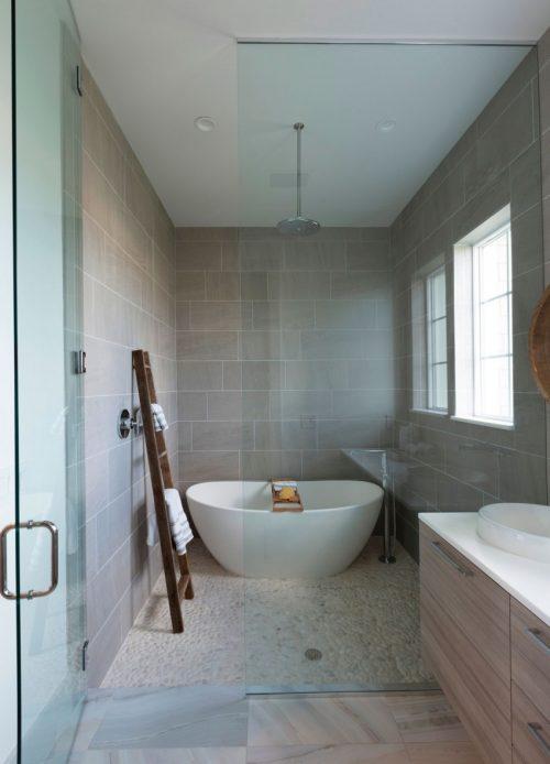 Natuurstenen vloer in badkamer badkamers voorbeelden - Moderne betegelde vloer ...