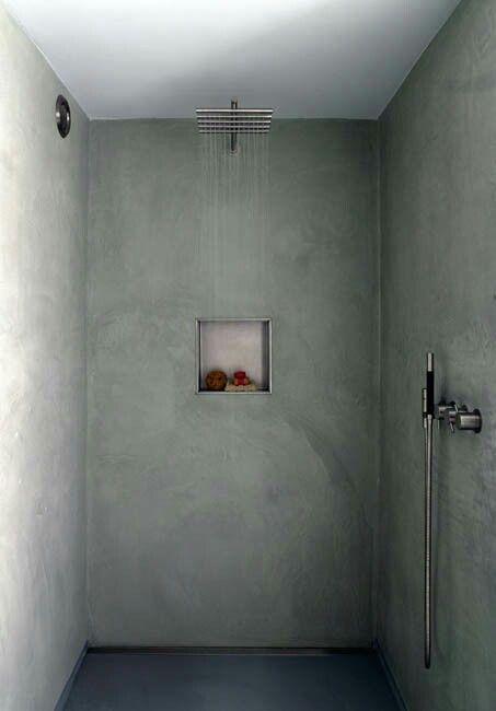 Nisje in badkamer muur