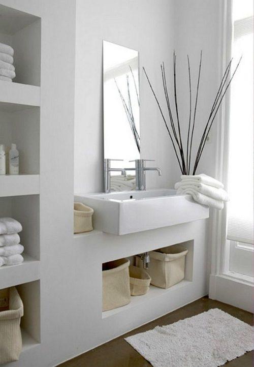 Nisjes voor handdoeken in de badkamer