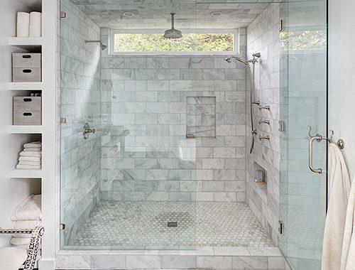 Open badkamer in klassieke stijl