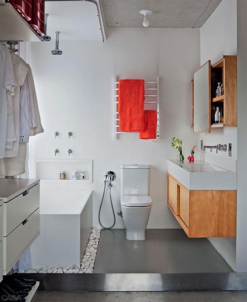 Open badkamer naast slaapkamer