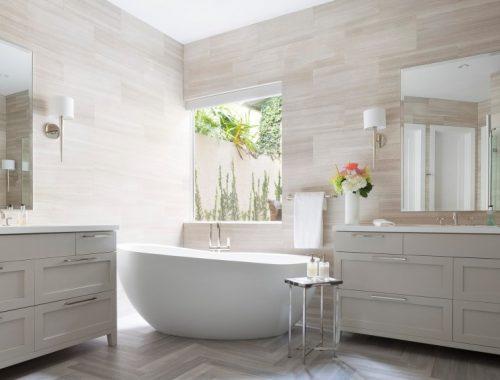 Romantische badkamer door Kista Watterworth Design Studio