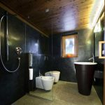Rustieke badkamer van Italiaanse chalet