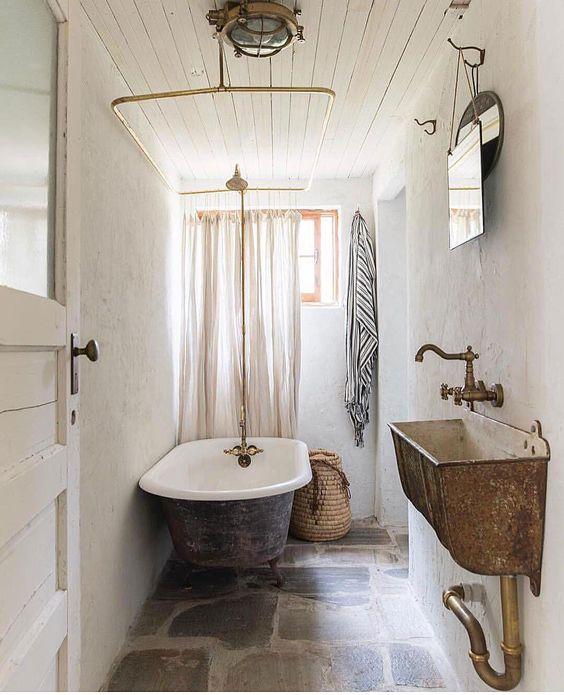 rustieke badkamer stenen vloer