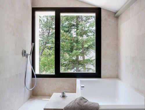 Smaakvolle badkamer uit Madrid