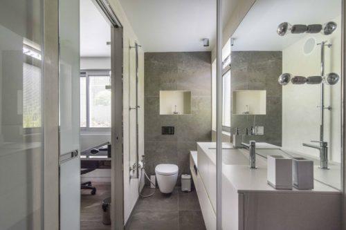 Smalle badkamer inrichting - Badkamers voorbeelden