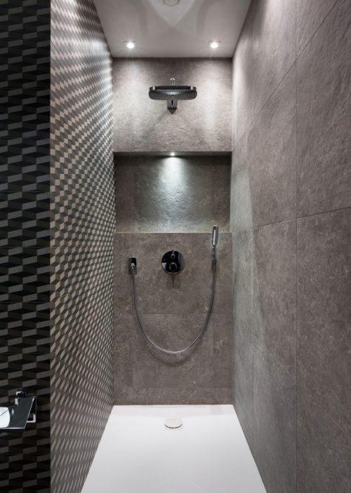 Spiegelwand in een kleine badkamer - Badkamers voorbeelden