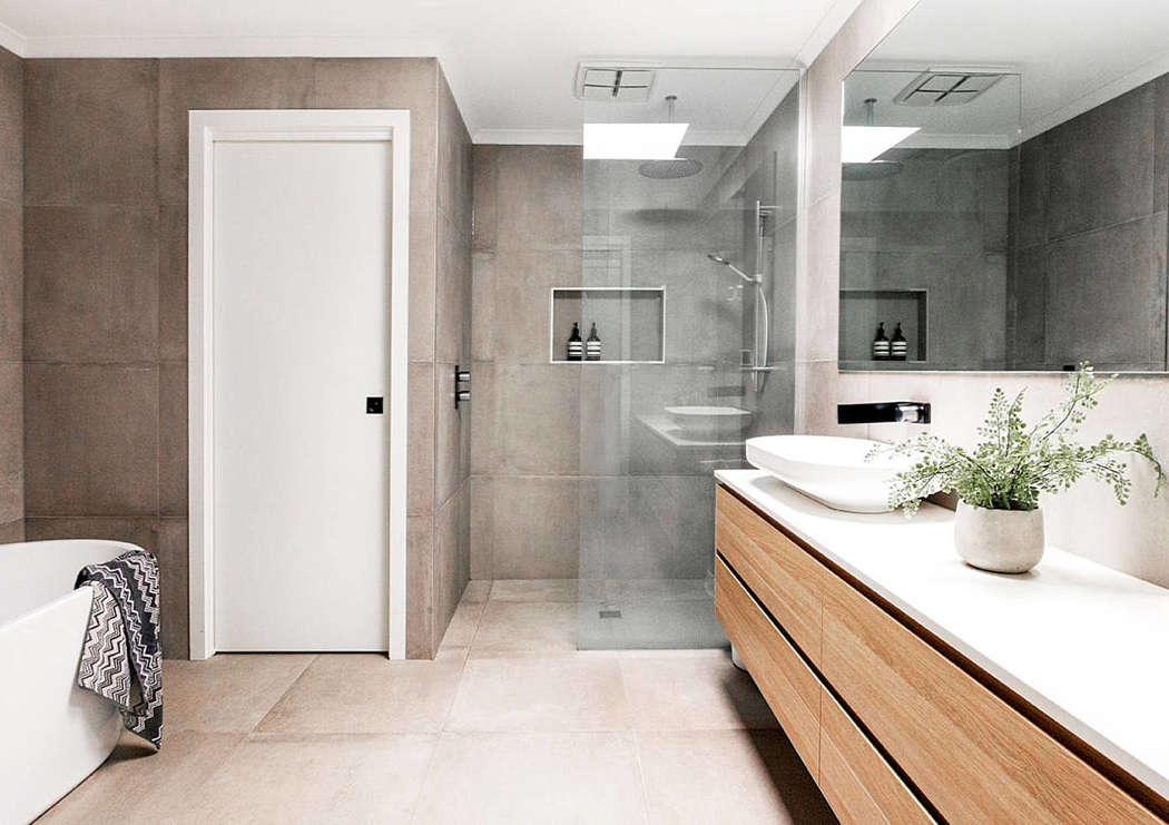 Stoere badkamer na een duurzame verbouwing