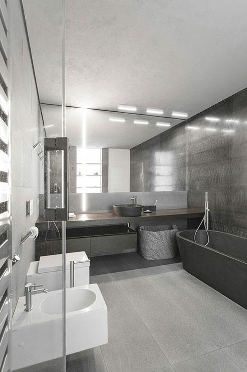 Stoere grijze badkamer badkamers voorbeelden - Gemeubleerde salle de bains ontwerp ...