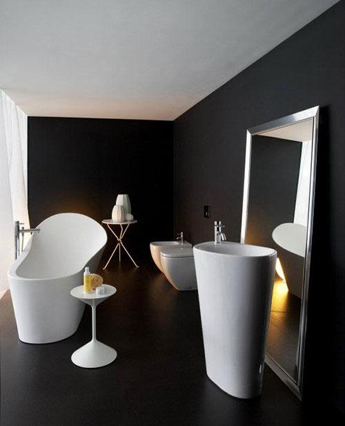 Strakke badkamer met zwarte gietvloer badkamers voorbeelden - Deco wc zwart ...