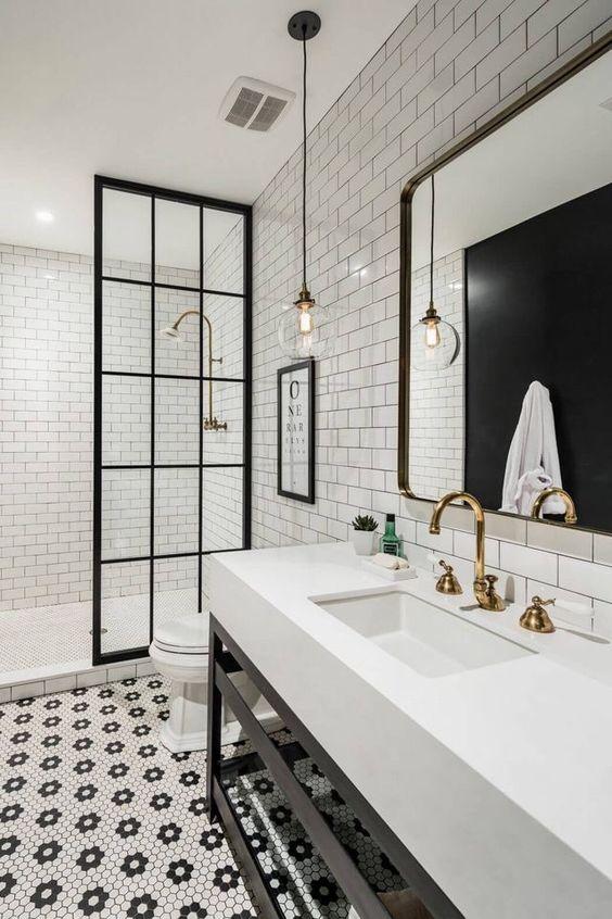 Veilig omgaan met elektriciteit in een badkamer zonder ...