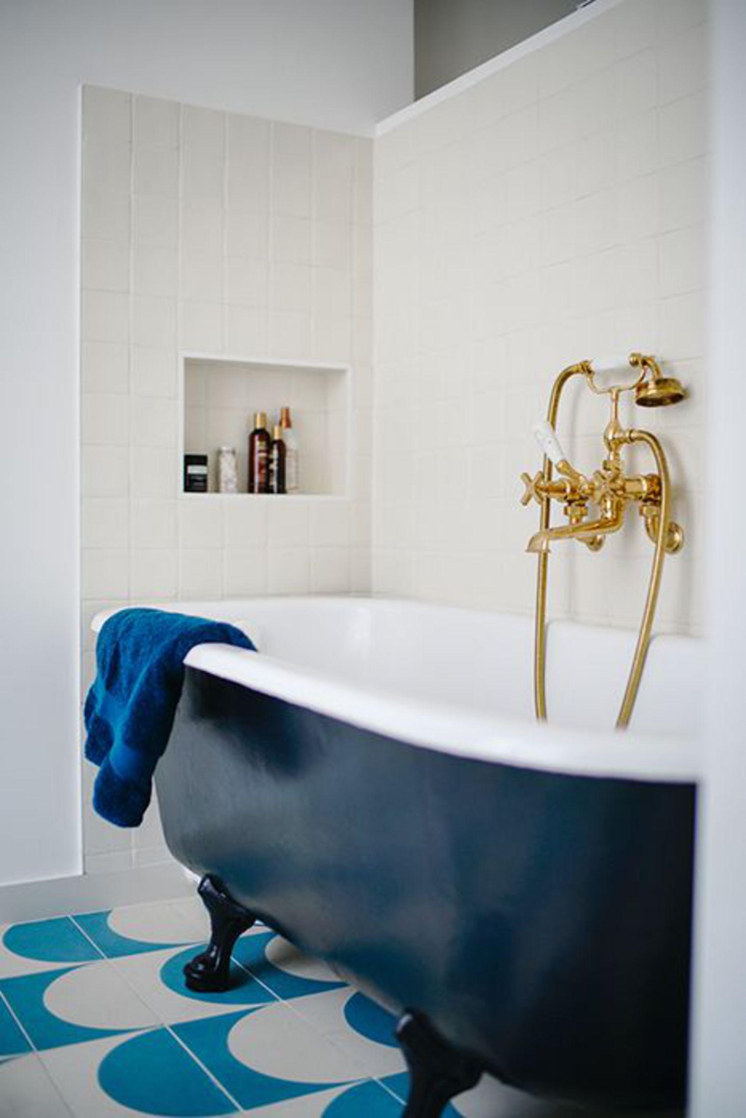 Vintage klassieke badkamer uit Parijs!