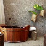 Vrijstaand bad in oude stijl