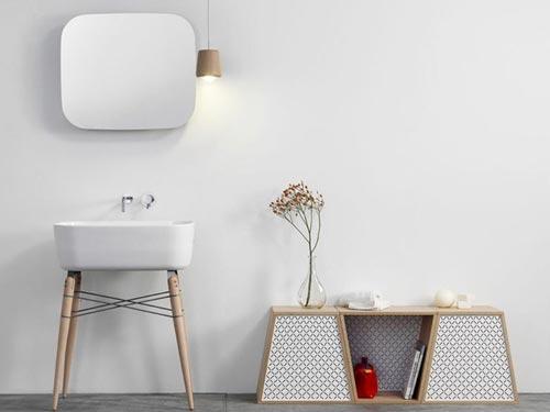 Vrijstaande wastafel met houten onderstel