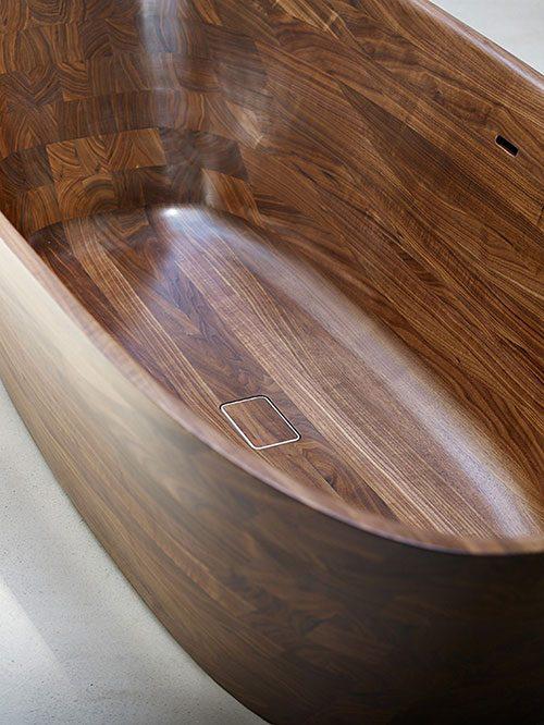 Walnoot houten bad en wastafel