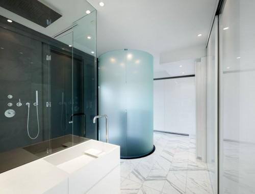 Wenteltrap in badkamer