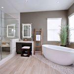 Zen badkamer met bruine tinten