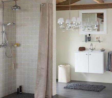 Zolder als badkamer van Praxis